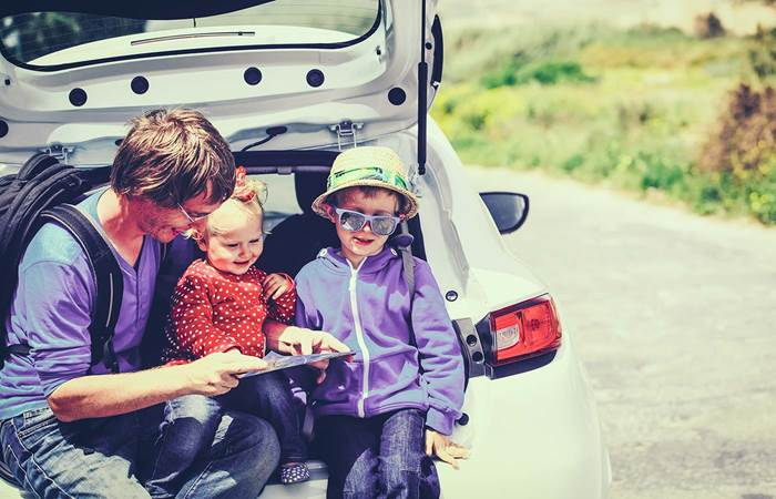 Dad travelling with children